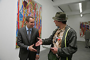 Jeff Koons and Daniel Langton, Jeff Koons: Hulk Elvis. private view. Gagosian Gallery. 18 1une 2007.  -DO NOT ARCHIVE-© Copyright Photograph by Dafydd Jones. 248 Clapham Rd. London SW9 0PZ. Tel 0207 820 0771. www.dafjones.com.
