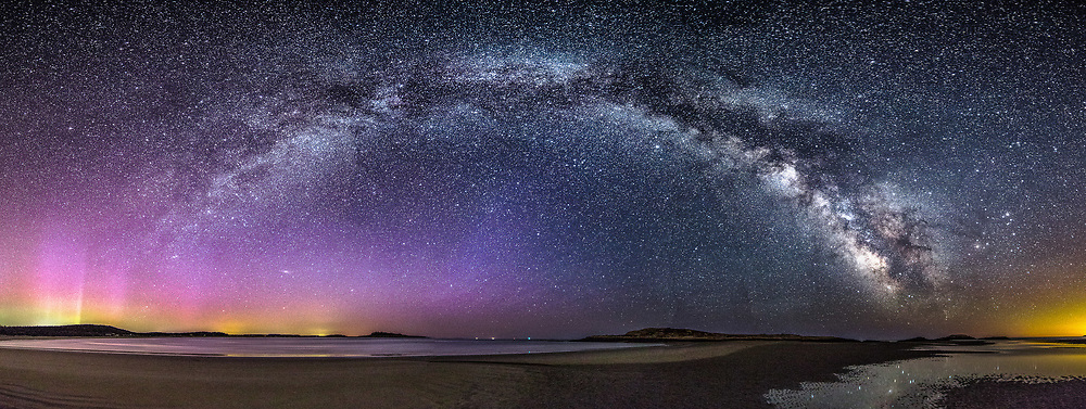The Northern Lights made a suprise appearance over Popham Beach on this night when I was focused mainly on getting images of the Milky Way. I'm so glad it did!