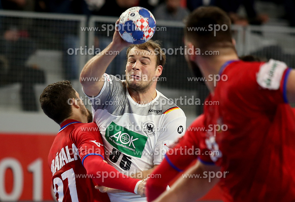 19.01.2018, Varazdin Arena, Varazdin, CRO, EHF EM, Herren, Deutschland vs Tschechien, Hauptrunde, Gruppe 2, im Bild Paul Drux. // during the main round, group 2 match of the EHF men's Handball European Championship between Germany and Czech Republic at the Varazdin Arena in Varazdin, Croatia on 2018/01/19. EXPA Pictures © 2018, PhotoCredit: EXPA/ Pixsell/ Igor Kralj<br /> <br /> *****ATTENTION - for AUT, SLO, SUI, SWE, ITA, FRA only*****