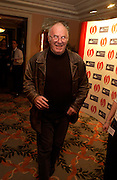 Clive James. The Oldie Of The Year Awards,  Simpsons in the Strand, London. 22 March 2005. ONE TIME USE ONLY - DO NOT ARCHIVE  © Copyright Photograph by Dafydd Jones 66 Stockwell Park Rd. London SW9 0DA Tel 020 7733 0108 www.dafjones.com