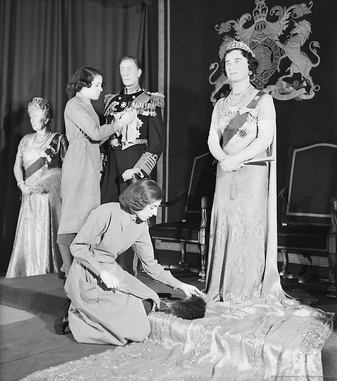 Dressing waxwork of the Queen at Madame Tussaud's, London, c1935