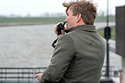 Koning Willem-Alexander tijdens de officiele ingebruikname van het Reevediep, de nieuwe waterverbinding tussen de IJssel en het Drontermeer.<br /> <br /> King Willem-Alexander during the official commissioning of the Reevediep, the new water connection between the IJssel and the Drontermeer.