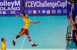15-02-2017 NED: Draisma Dynamo - Ziraat Bankasi Ankara, Apeldoorn <br /> CEV Volleyball Challenge Cup 2017 / Dynamo verliest met 3-1 van Ankara - Max Staples (AUS) #17 of Dynamo