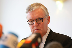 26.03.2015, Leonardo Hotel, Koeln, GER, Germanwings Flug 4U9525, Flugzeugabsturz in Frankreich, Pressekonferenz Deutsche Lufthansa nach einer ersten Auswertung des Voicerecorders, im Bild Thomas Winkelmann (Germanwings CEO / Geschaeftsfuehrer) // during a press conference of German Lufthansa to the Crash of Germanwings flight 4U 9525 after a first evaluation of the flight data recorder. An Airbus A320 of Germanwings has crashed on March 24, 2015 in Southern French Alps on its flight from Barcelona Leonardo Hotel in Koeln, Germany on 2015/03/26. EXPA Pictures © 2015, PhotoCredit: EXPA/ Eibner-Pressefoto/ Schüler<br /> <br /> *****ATTENTION - OUT of GER*****