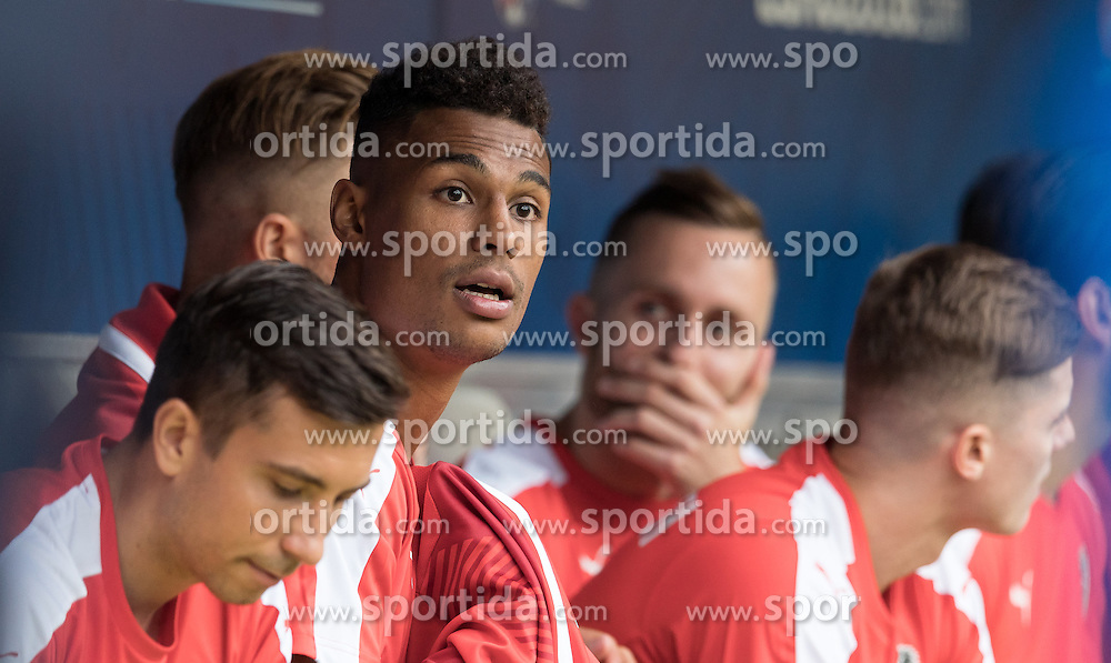 14.06.2016, Stade de Bordeaux, Bordeaux, FRA, UEFA Euro, Frankreich, Oesterreich vs Ungarn, Gruppe F, im Bild Rubin Okotie (AUT) // Rubin Okotie (AUT) during Group F match between Austria and Hungary of the UEFA EURO 2016 France at the Stade de Bordeaux in Bordeaux, France on 2016/06/14. EXPA Pictures © 2016, PhotoCredit: EXPA/ JFK