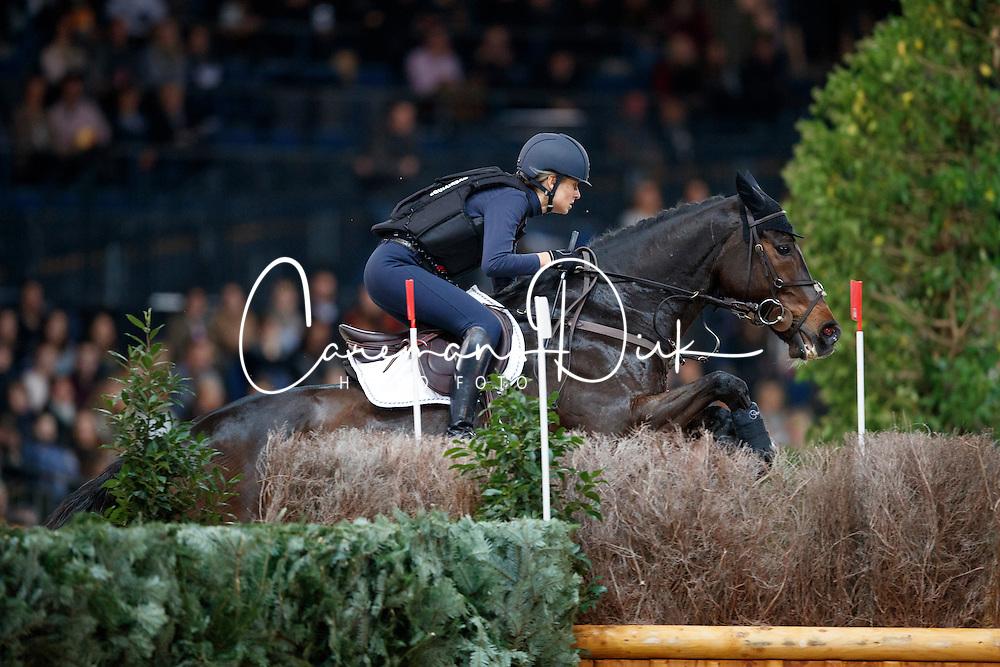 Simoncini Francesca, ITA, Versatels Walter von der Vogel<br /> Mercedes German Masters - Stuttgart 2016<br /> &copy; Hippo Foto - Stefan Lafrentz<br /> 16/11/16