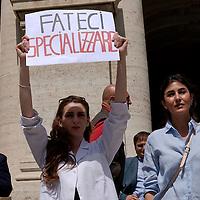Manifestazione dei medici per il diritto alla formazione