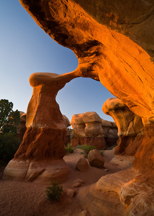 Metate Arch. Devil's Garden, Grand Staircase - Escalante National Monument in southern Utah.