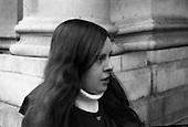 1971 - 17/11 Bernadette Devlin MP at Four Courts