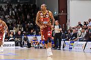 DESCRIZIONE : Campionato 2015/16 Serie A Beko Dinamo Banco di Sardegna Sassari - Umana Reyer Venezia<br /> GIOCATORE : Phil Goss<br /> CATEGORIA : Ritratto Esultanza Curiosità<br /> SQUADRA : Umana Reyer Venezia<br /> EVENTO : LegaBasket Serie A Beko 2015/2016<br /> GARA : Dinamo Banco di Sardegna Sassari - Umana Reyer Venezia<br /> DATA : 01/11/2015<br /> SPORT : Pallacanestro <br /> AUTORE : Agenzia Ciamillo-Castoria/C.Atzori