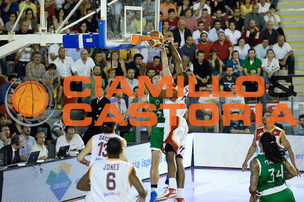 DESCRIZIONE : Roma Lega A 2012-13 Acea Virtus Roma Montepaschi Siena Finale Gara 2<br /> GIOCATORE : Benjamin Ortner<br /> CATEGORIA : sequenza schiacciata<br /> SQUADRA : Montepaschi Siena<br /> EVENTO : Campionato Lega A 2012-2013 Play Off Finale Gara2<br /> GARA : Acea Virtus Roma Montepaschi Siena Finale Gara 2<br /> DATA : 13/06/2013<br /> SPORT : Pallacanestro <br /> AUTORE : Agenzia Ciamillo-Castoria/N. Dalla Mura<br /> Galleria : Lega Basket A 2012-2013 <br /> Fotonotizia : Roma Lega A 2012-13 Acea Virtus Roma Montepaschi Siena Finale Gara 2