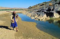Pakistan - La fête des soufis - Province du Sind et du Balouchistan - Pélerinage soufi de Lahoot - Pélerin solitaire (Malang ou Soufi) // Pakistan, Sind, sufi pilgrimage of Lahoot