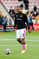 Football - 2016 / 2017 Premier League - AFC Bournemouth vs. Hull City<br /> <br /> Abel Hernandez of Hull City during the warm up before kick off at Dean Court (The Vitality Stadium) Bournemouth<br /> <br /> Colorsport/Shaun Boggust