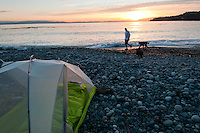 Camping along the Juan de Fuca trail includes ocean-side tent spots next to the ocean.