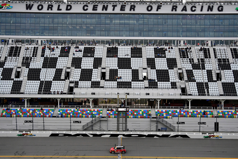 IMSA Continental Tire SportsCar Challenge<br /> BMW Endurance Challenge at Daytona<br /> Daytona Beach, Florida, USA<br /> Friday 26 January 2018<br /> #37 Jackie Chan DC Racing JOTA ORECA LMP2, P: Lance Stroll, Felix Rosenqvist, Daniel Juncadella, Robin Frijns<br /> World Copyright: Scott R LePage<br /> LAT Images<br /> <br /> ref: Digital Image _SRL2160