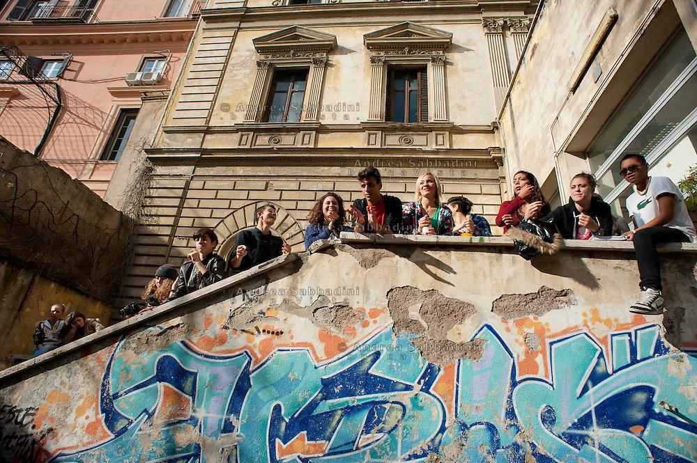 Rome, 23/11/2012: Liceo Machiavelli occupato. Assemblea nel cortile - Students protest against government cuts on education.<br /> &copy;Andrea Sabbadini