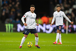 LONDON, ENGLAND - Wednesday, January 29, 2020: Liverpool's Alex Oxlade-Chamberlain during the FA Premier League match between West Ham United FC and Liverpool FC at the London Stadium. (Pic by David Rawcliffe/Propaganda)