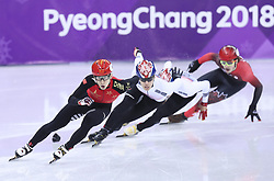 PYEONGCHANG, Feb. 22, 2018  Wu Dajing (L) of China competes during men's 500m final of short track speed skating at the 2018 PyeongChang Winter Olympic Games at Gangneung Ice Arena, Gangneung, South Korea, Feb. 22, 2018. Wu Dajing claimed gold medal in a time of 0:39.584 and set new world record. (Credit Image: © Lan Hongguang/Xinhua via ZUMA Wire)