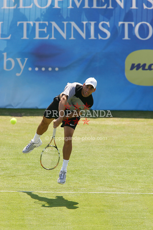 LIVERPOOL, ENGLAND - WEDNESDAY, JUNE 8th, 2005: Bobby Reynolds in action against Stian Buretti during the ATP Group C match at the Liverbird Developments Liverpool International Tennis Tournament in Calderstones Park. (Pic by Dave Rawcliffe/Propaganda)