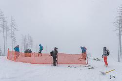 28.02.2020, Hannes Trinkl Weltcupstrecke, Hinterstoder, AUT, FIS Weltcup Ski Alpin, Alpine Kombination, Herren, im Bild die Alpine Kombination wurde aufgrund des starken Schneefalls abgesagt // the Alpine combination was canceled due to heavy snowfall during the men's Alpine combined of FIS ski alpine world cup at the Hannes Trinkl Weltcupstrecke in Hinterstoder, Austria on 2020/02/28. EXPA Pictures © 2020, PhotoCredit: EXPA/ Johann Groder