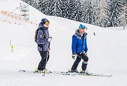 11.01.2019, Hahnenkamm, Kitzbühel, AUT, FIS Weltcup Ski Alpin, Schneekontrolle durch die FIS, im Bild v.l. Mario Mittermayer-Weinhandl (HKR Rennleiter), Hannes Trinkl (FIS Renndirektor) // f.l. Mario Mittermayer-Weinhandl race direktor HKR and Hannes Trinkl FIS Racedirector during snow control by the FIS at the Hahnenkamm in Kitzbühel, Austria on 2019/01/11. EXPA Pictures © 2019, PhotoCredit: EXPA/ Stefan Adelsberger