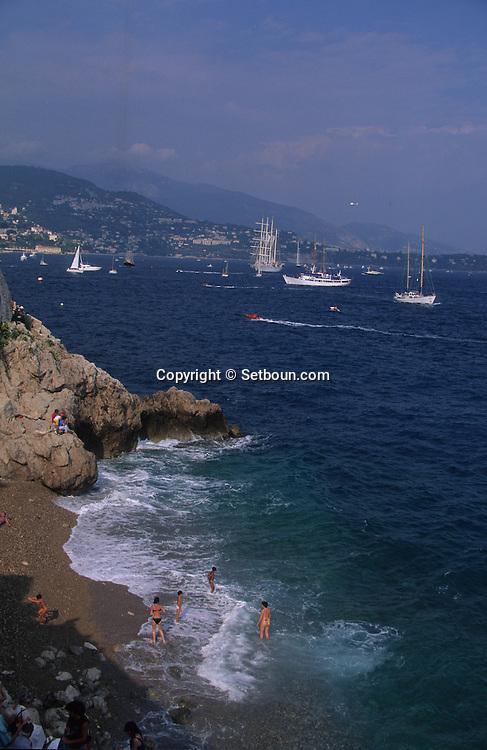 Classic week,the sailing ships in Hercules port    Monaco        Classic week, rassemblement des voiliers dans le port Hercules    Monaco   R00286/20    L4107  /  R00286  /  P0007585