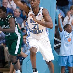 2004-12-28 Cleveland State at North Carolina Tar Heels Basketball