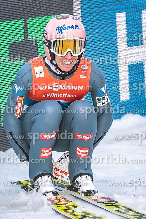 24.02.2019, Bergiselschanze, Innsbruck, AUT, FIS Weltmeisterschaften Ski Nordisch, Seefeld 2019, Skisprung, Herren, Teambewerb, Wertungssprung, im Bild Stefan Kraft (AUT) // Stefan Kraft of Austria during the competition jump for the men's skijumping Team competition of FIS Nordic Ski World Championships 2019 at the Bergiselschanze in Innsbruck, Austria on 2019/02/24. EXPA Pictures © 2019, PhotoCredit: EXPA/ Dominik Angerer