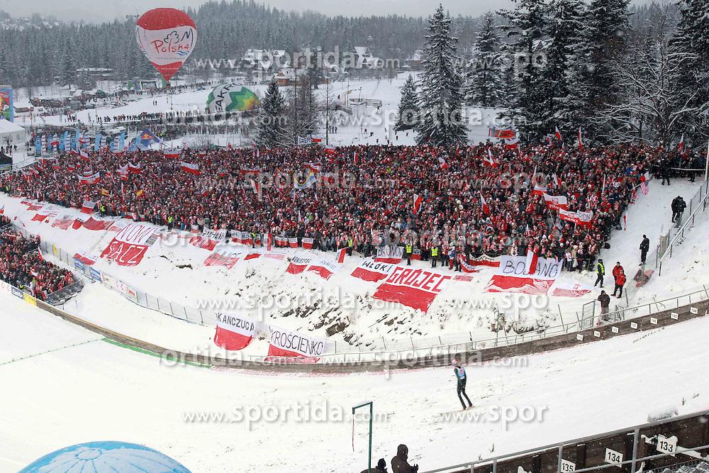 21.01.2011, Zakopane, POL, FIS World Cup Ski Jump, Men, Qualifikation, im Bild  KIBICE. EXPA Pictures © 2011, PhotoCredit: EXPA/ EXPA/ Newspix/ Jerzy Kleszcz +++++ ATTENTION - FOR AUSTRIA/AUT, SLOVENIA/SLO, SERBIA/SRB an CROATIA/CRO CLIENT ONLY +++++ ..