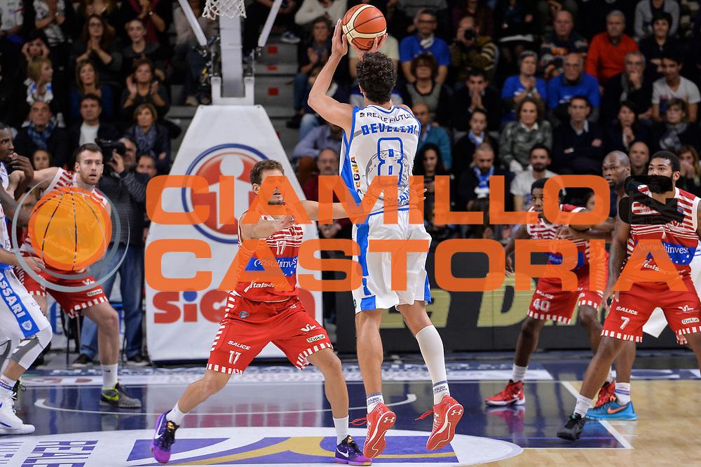 DESCRIZIONE : Campionato 2015/16 Serie A Beko Dinamo Banco di Sardegna Sassari - Consultinvest VL Pesaro<br /> GIOCATORE : Giacomo Devecchi<br /> CATEGORIA : Tiro Tre Punti Three Point Controcampo<br /> SQUADRA : Dinamo Banco di Sardegna Sassari<br /> EVENTO : LegaBasket Serie A Beko 2015/2016<br /> GARA : Dinamo Banco di Sardegna Sassari - Consultinvest VL Pesaro<br /> DATA : 23/11/2015<br /> SPORT : Pallacanestro <br /> AUTORE : Agenzia Ciamillo-Castoria/L.Canu