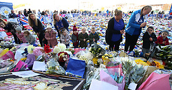 Children from Lilliput Montessori in Anstey look at tributes at Leicester City Football Club. PRESS ASSOCIATION Photo. Picture date: Friday November 2, 2018. Leicester Chairman, Vichai Srivaddhanaprabha, was among those to have tragically lost their lives on Saturday evening when a helicopter carrying him and four other people crashed outside King Power Stadium. See PA story SOCCER Leicester. Photo credit should read: Nigel French/PA Wire