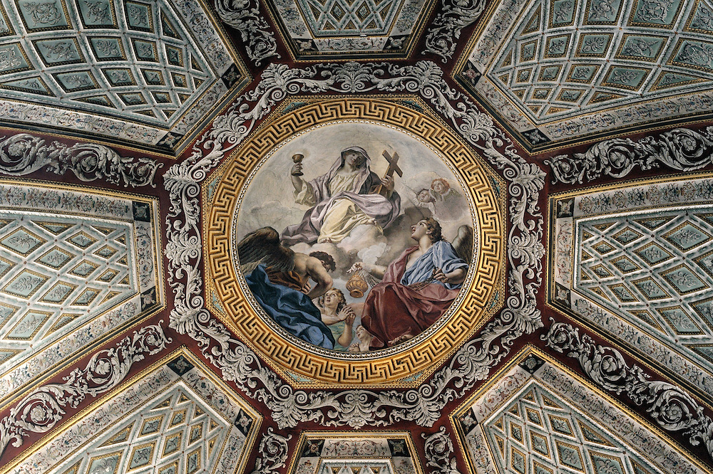 The Duomo di Mantova. Cupola of the Cappella del Santissimo Sacramento. Mediaeval Italian city of Mantua, Lombardy Italy.