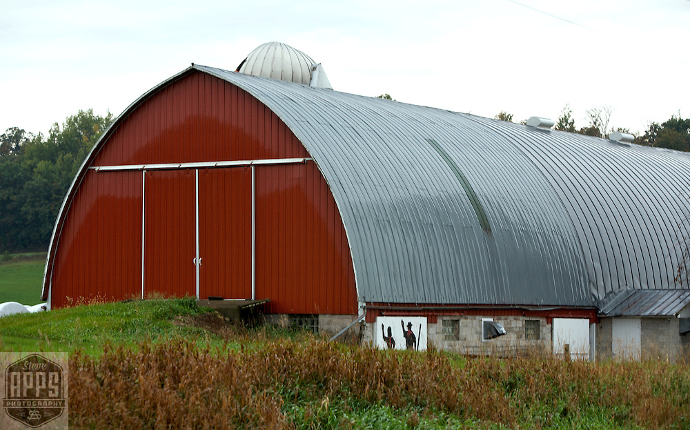 A collection of Barns that still can be seen while traveling the countryside in  the beautiful State of Wisconsin.<br /> Trempealeau County- Barn on County D, east of Robinson Lane. Barns from around the State of Wisconsin.