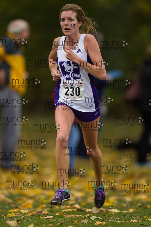 Becky Pieterson of Western Mustangs runs in the women's  6K Dash at the 2013 CIS Cross Country Championships in London Ontario, Saturday,  November 9, 2013.<br /> Mundo Sport Images/ Julie Robins