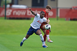 KIRKBY, ENGLAND - Saturday, August 10, 2019: Liverpool's Neco Williams (R) and Tottenham Hotspur's Shilow Tracey during the Under-23 FA Premier League 2 Division 1 match between Liverpool FC and Tottenham Hotspur FC at the Academy. (Pic by David Rawcliffe/Propaganda)