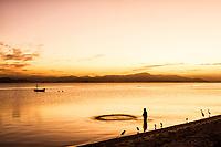 Anoitecer na Praia de Cacupé. Florianópolis, Santa Catarina, Brasil. / Cacupe Beach at dusk. Florianopolis, Santa Catarina, Brazil.