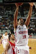 DESCRIZIONE : Roma Lega A1 2006-07 Lottomatica Virtus Roma Whirlpool Varese <br /> GIOCATORE : Chiacig <br /> SQUADRA : Lottomatica Virtus Roma <br /> EVENTO : Campionato Lega A1 2006-2007 <br /> GARA : Lottomatica Virtus Roma Whirlpool Varese <br /> DATA : 25/04/2007 <br /> CATEGORIA : Tiro <br /> SPORT : Pallacanestro <br /> AUTORE : Agenzia Ciamillo-Castoria/G.Ciamillo