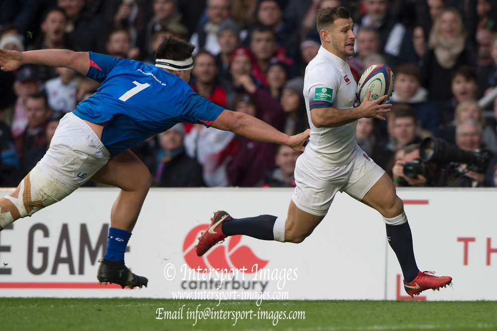 Twickenham, Surrey. UK.  Danny CARE, running on the wing, to score, during the England vs Samoa, Autumn International. Old Mutual Wealth Series. RFU Stadium, Twickenham. Surrey, England.<br /> <br /> Saturday  25.11.17  <br /> <br /> [Mandatory Credit Peter SPURRIER/Intersport Images]