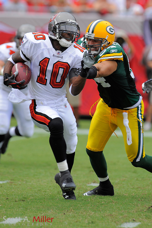 Tampa, Florida, Sept. 28, 2008: Tampa Bay Buccaneers wide receiver Dexter Jackson (10) in action against the Green Bay Packers at Raymond James Stadium....©2008 Scott A. Miller