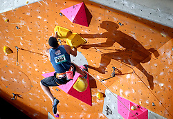 USA's Kai Lightner climbs in the lead semi-finals during the IFSC Climbing World Cup at the Edinburgh International Climbing Arena. PRESS ASSOCIATION Photo. Picture date: Sunday September 24, 2017. Photo credit should read: Jane Barlow/PA Wire. RESTRICTIONS: EDITORIAL USE ONLY