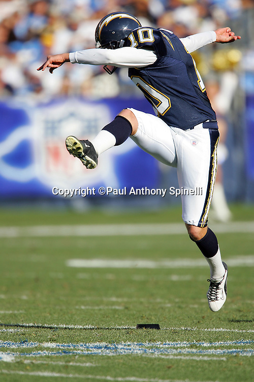SAN DIEGO - DECEMBER 31:  Kicker Nate Kaeding #10 of the San Diego Chargers kicks off against the Arizona Cardinals at Qualcomm Stadium on December 31, 2006 in San Diego, California. The Chargers defeated the Cardinals 27-20 to secure the number one seed in the AFC playoffs. ©Paul Anthony Spinelli *** Local Caption *** Nate Kaeding