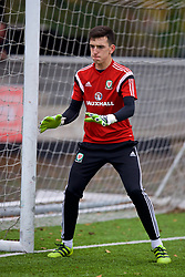 MERTHYR TYDFIL, WALES - Thursday, November 2, 2017: Wales' goalkeeper Lewis Dutton during an Under-18 Academy Representative Friendly match between Wales and Newport County at Penydarren Park. (Pic by David Rawcliffe/Propaganda)