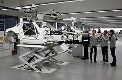 Motorsports / Formula 1: World Championship 2011, Besuch Nico Rosberg in Affalterbach bei der HWA AG, Gerhard Ungar ( HWA ), Thomas Jaeger ( SLS AMG GT3 Fahrer )