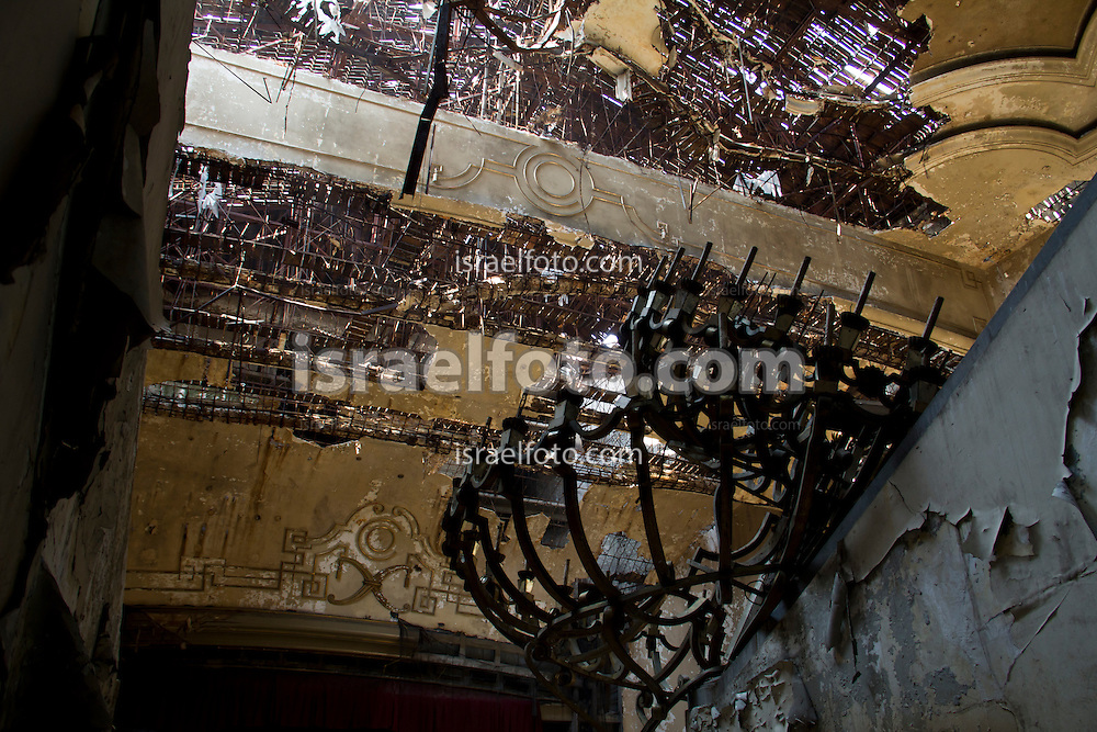 Abandoned cinema named Cine Opera. Mexico City, 2011