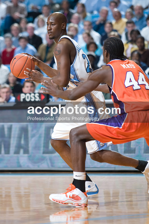 2005 February 19: North Carolina Tar Heel forward Jawad Williams (21) during a 88-56 UNC victory over Clemson University, on the campus of the University of North Carolina in Chapel Hill, NC.