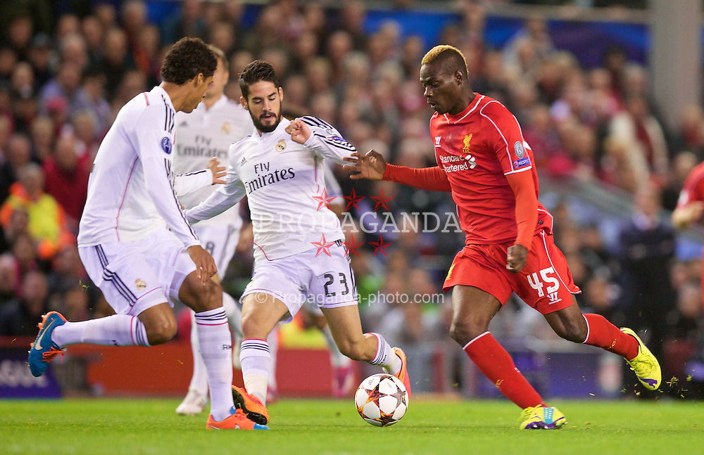 LIVERPOOL, ENGLAND - Wednesday, October 22, 2014: Liverpool's Mario Balotelli in action against Real Madrid CF during the UEFA Champions League Group B match at Anfield. (Pic by David Rawcliffe/Propaganda)