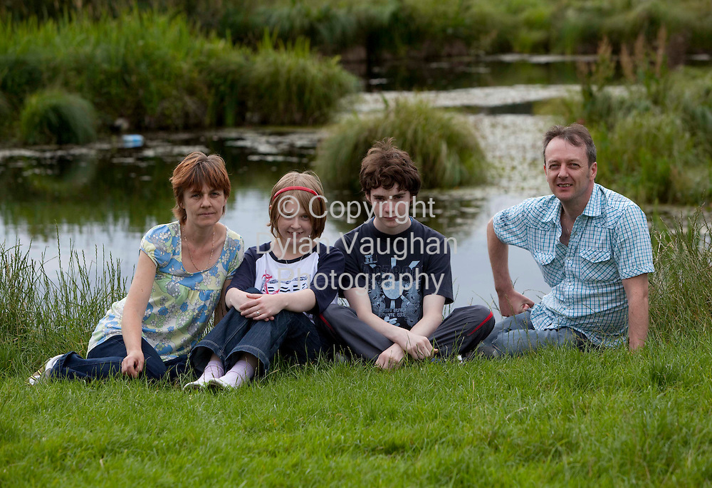 8/7/2009.Carol Ann Walsh and her mother Carmel her father Patrick and brother Sean pictured  in Kilkenny..Picture Dylan Vaughan