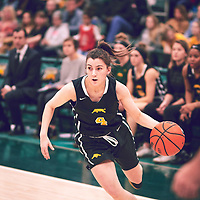 4th year guard, Avery Pearce (4) of the Regina Cougars during the Women's Basketball Home Game on Sat Feb 02 at Centre for Kinesiology,Health and Sport. Credit: Arthur Ward/Arthur Images