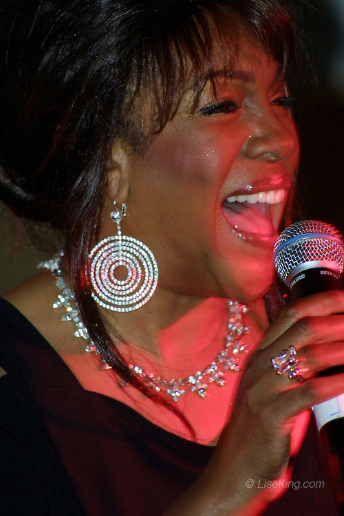 Mary Wilson of The Supremes performs in Sarasota, FL, December 29, 2008.
