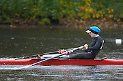 Cambridge, USA, Lightweight women's Single, LW1X, Kristen HEDSTROM.  moves down the course approacing the cambridge BC and Elliott Bridge, during the  2009 Head of the Charles  Sunday  18/10/2009  [Mandatory Credit Peter Spurrier Intersport Images],.